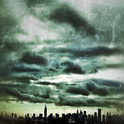 Nyc Digital Art Metal Prints - Manhattan Grunge Metal Print by Natasha Marco