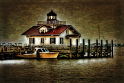 Boats In Harbor Framed Prints - Manteo Harbor at Dusk Framed Print by  Gene  Bleile Photography