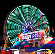 Amusement Park Ride Framed Prints - Mardi gras Framed Print by David Lee Thompson