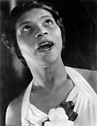 Famous Americans Photos - Marian Anderson Singing by Underwood Archives