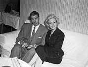 Husband And Wife Framed Prints - Marilyn Monroe & Joe DiMaggio Framed Print by Underwood Archives