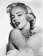 Marilyn Photo Prints - Marilyn Monroe Portrait Print by Sanely Great