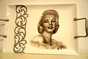 Movie Stars Ceramics - Marlyn Monroe Tray by Patricia Rachidi
