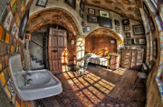 Master Bedroom At Fonthill Castle Print by Susan Candelario