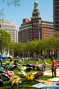 May Day On The New Haven Green Print by Robert Ford