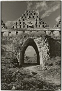 Howard Dratch - Mayan Arch at Uxmal
