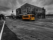 Main Street Prints - Memphis - Main Street Trolley 002 Print by Lance Vaughn