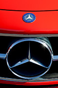 Mercedes Benz 300 Sl Classic Car Photos - Mercedes-Benz 300 SL Grille Emblem by Jill Reger