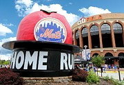 Leagues Posters - Mets Home Run Apple Poster by Allen Beatty