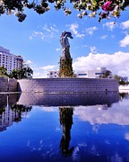 Jew Photos - Miami Holocaust Memorial by Benjamin Yeager