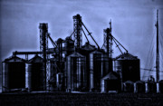 Surrealism Digital Art - Midnight On The Silos by Thomas Woolworth
