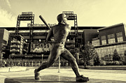 Philadelphia Phillies Stadium Framed Prints - Mike Schmidt at Bat Framed Print by Bill Cannon