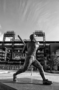 Black And White Ball Park Framed Prints - Mike Schmidt Statue in Black and White Framed Print by Bill Cannon
