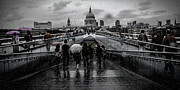 Umbrellas Digital Art - Millennium Bridge Rain Drops by Eye O Lating Images