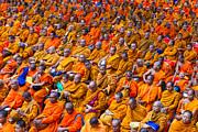 Fototrav Print - Monk Mass Alms Giving in Bangkok
