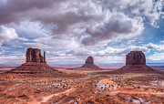About Light  Images - Monument Valley