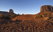 Stellina Giannitsi - Monument Valley