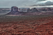 Southwest Landscape Metal Prints - Monument Valley UT 4 Metal Print by Ron White