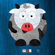 Travel  Mixed Media - Moo The Cow License Plate Art by Design Turnpike