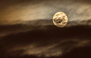 Philipp Polischuk - Moon in the clouds