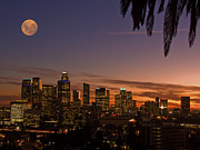 Guillermo Rodriguez - Moon over L.A.