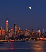 Nyc Prints - Moon Rise Over Manhattan Print by Susan Candelario