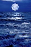 Moonlight Over The Ocean Print by Christian Lagereek