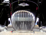 Morgan Sports Car Grille Print by Don Struke