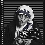 Black And White Mother Teresa Prints - Mother Teresa Mug Shot Print by Tony Rubino