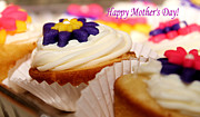 Sarah Broadmeadow-Thomas - Mothers Day Cupcakes