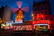 Architecture Photos - Moulin Rouge en Soir by Inge Johnsson