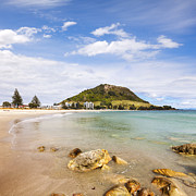 Mount Maunganui Bay Of Plenty New Zealand Print by Colin and Linda McKie