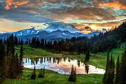 Dennis Sabo - Mount Rainier Twilight