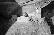 Canyon De Chelly Posters - Mummy House Poster by Jim Chamberlain
