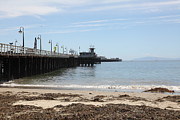 Santa Cruz Pier Prints - Municipal Wharf At The Santa Cruz Beach Boardwalk California 5D23766 Print by Wingsdomain Art and Photography