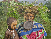 Sandy Schepis - Mursi Mother and Baby