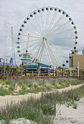 Amusements Photos - Myrtle Beach SkyWheel 10 by Thomas Lovelace