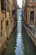 Narrow Canal In Venice Print by Sami Sarkis
