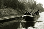 Relection Framed Prints - Narrowboat on the New Cut  Framed Print by Rob Hawkins