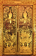 Bangkok Paintings - Native Thai style of pattern on door temple by Keerati Preechanugoon