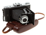 Ikon Prints - Nettar 518 folding camera Print by Paul Cowan