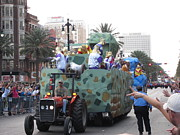 Louisiana Metal Prints - New Orleans - Mardi Gras Parades - 121214 Metal Print by DC Photographer