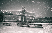 Vivienne Gucwa - New York City - Snow at...
