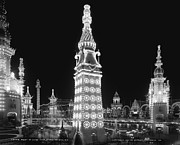 Luna Metal Prints - Night in Luna Park Metal Print by Nomad Art And  Design