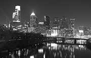 Alicegipsonphotographs Art - Nighttime in Philadelphia by Alice Gipson