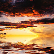 Cloudscape Digital Art - Norwegian Sunset by Hakon Soreide
