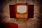 Past Times Prints - Nostalgia - old TV set Print by Matthias Hauser