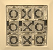 Brainy Prints - Noughts and Crosses Print by Sonali Gangane