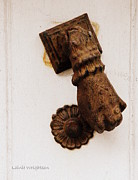 Off It's Knocker Print by Lainie Wrightson