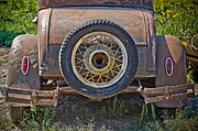 Toni Thomas - Old and Rusty Antique Car